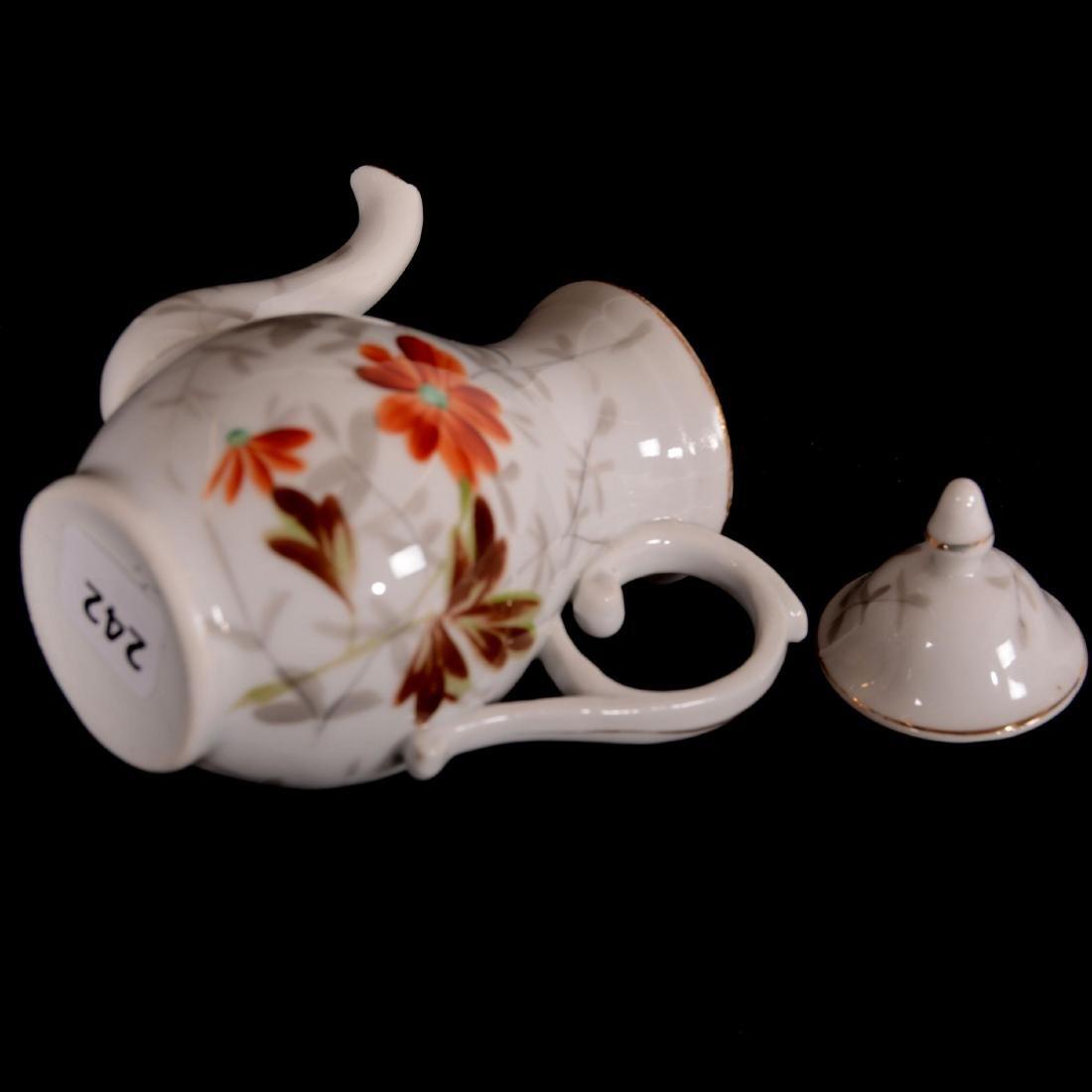 """Child's Tea Set - Unmarked Germany - 5"""" Pot - - 2"""