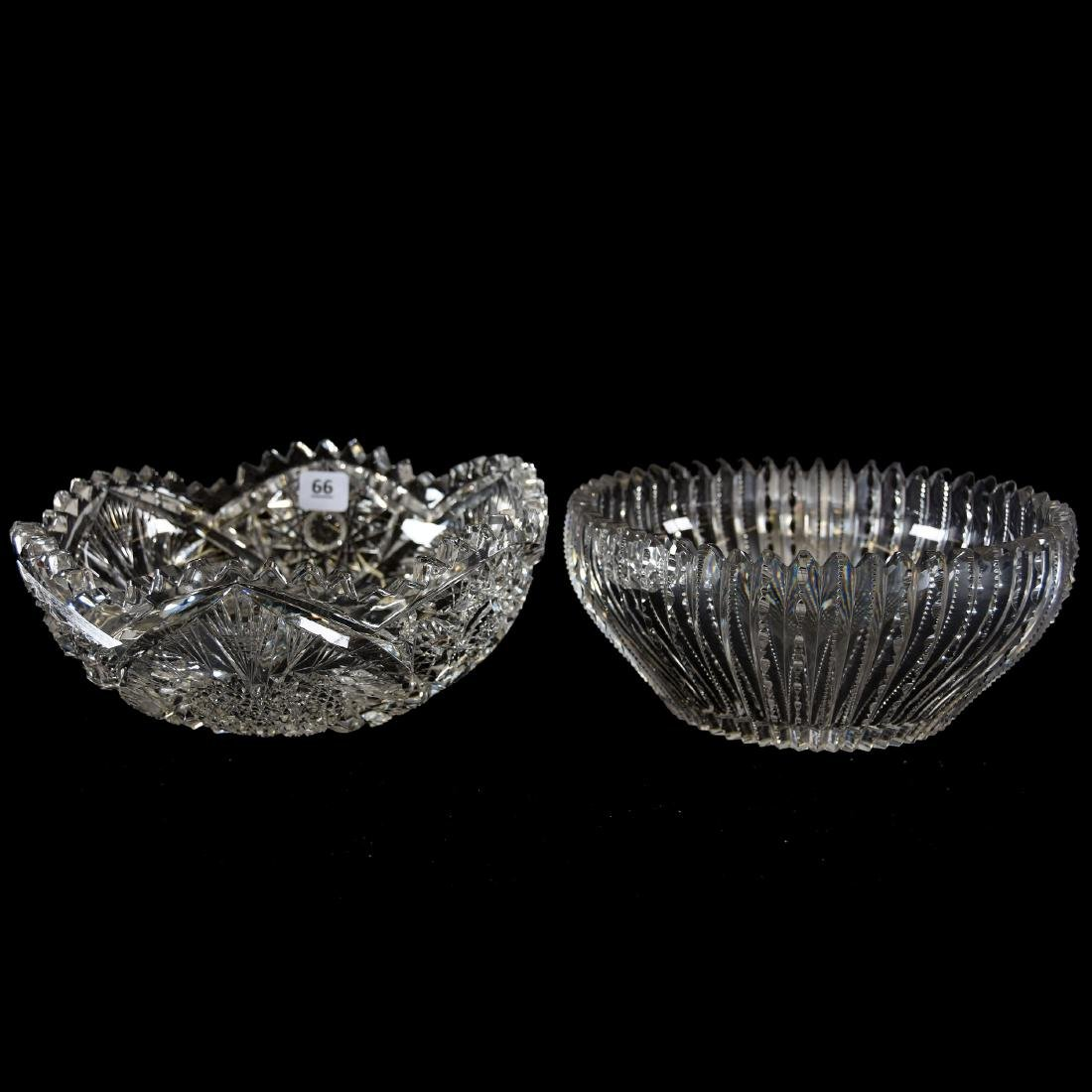 (2) Bowls, (1) Heart Pattern, (1) Prism Body - 2
