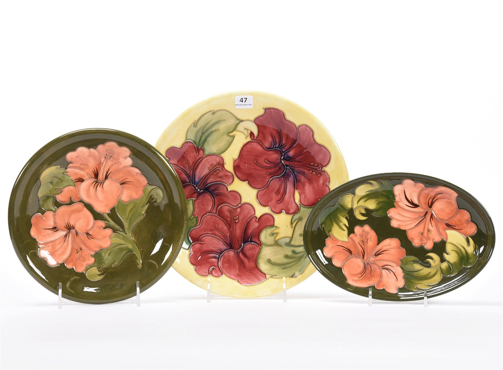 (3) Moorcroft English Pottery Plates
