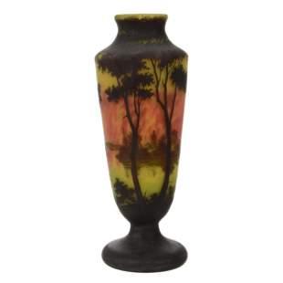 Pedestal Vase Signed Daum Nancy French Cameo