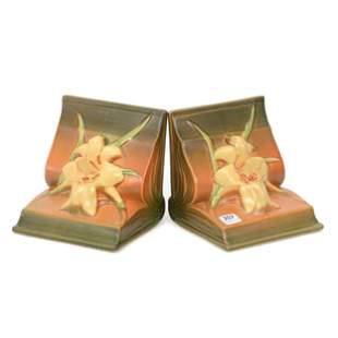 Bookends, Roseville Pottery #16, Clematis Pattern