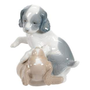 Figural Group Marked Nao By Lladro