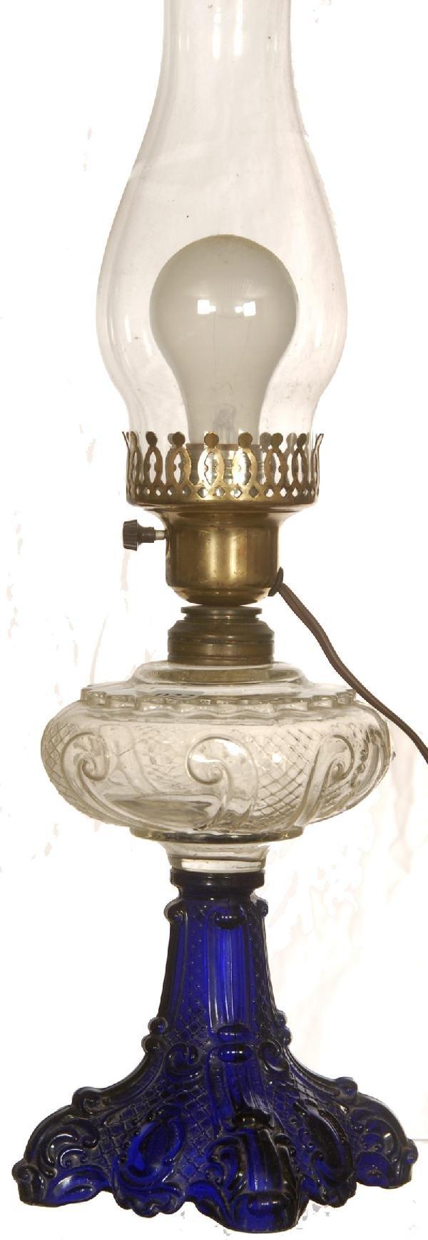 """11: 12"""" PATTERN GLASS LAMP"""