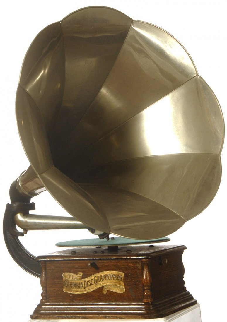 "16: COLUMBIA PHONOGRAPH ""GRAPHOPHONE"" DISC PLAYER - ALU"