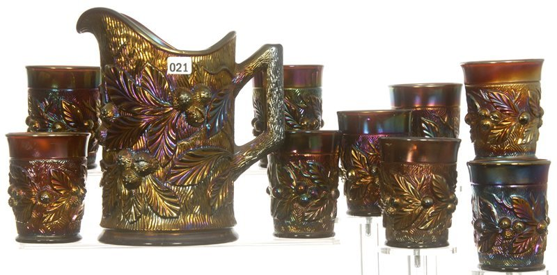 """8 3/4"""" CARNIVAL GLASS ACORN AND BURRS PATTERN WATER SET"""