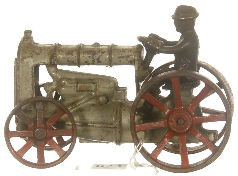 """6"""" CAST IRON FORDSON TOY TRACTOR"""