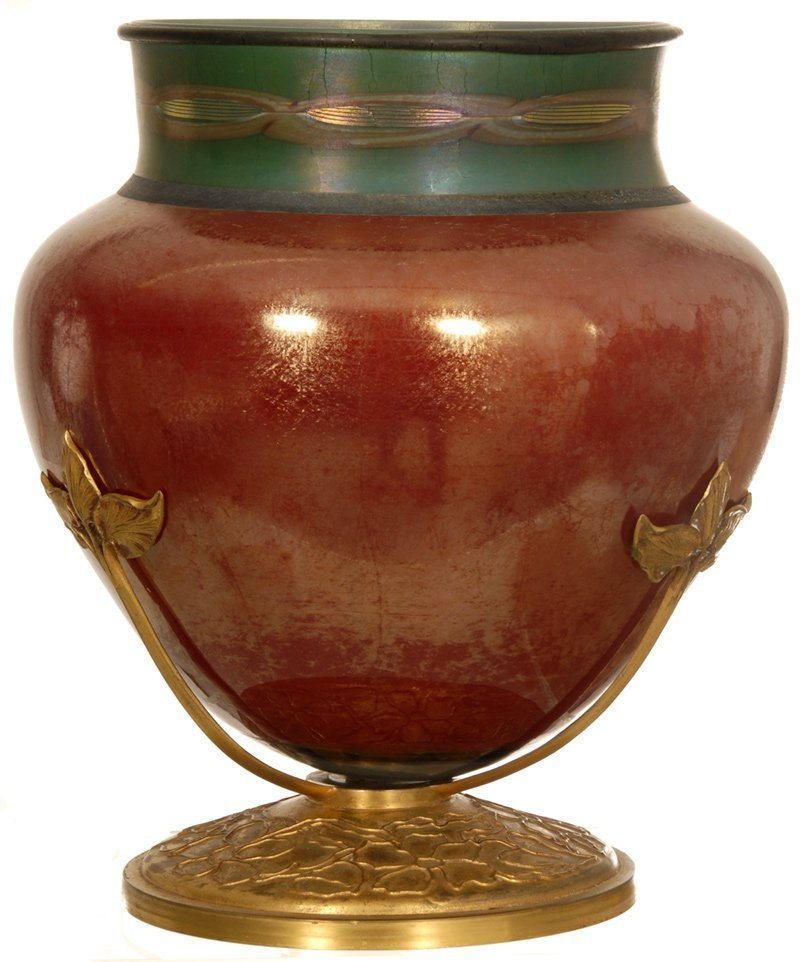 "11"" X 9"" DECORATED RED TIFFANY ART GLASS VASE SET ON"