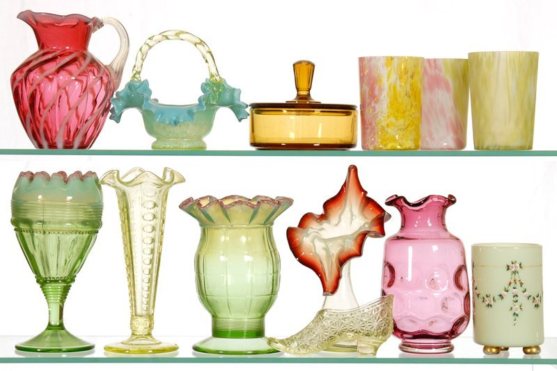 BOXED LOT - (13) ART GLASS ITEMS