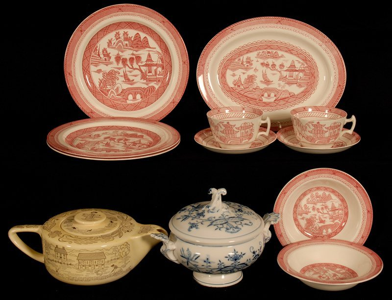 BOXED LOT - (12) ASSORTED PORCELAIN