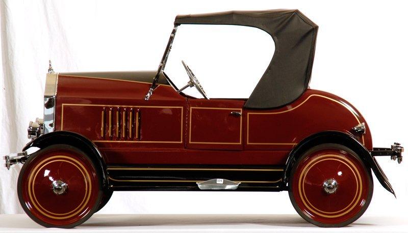 "31"" X 57"" ORIGINAL 1927 PACKARD CONVERTIBLE PEDAL CAR"