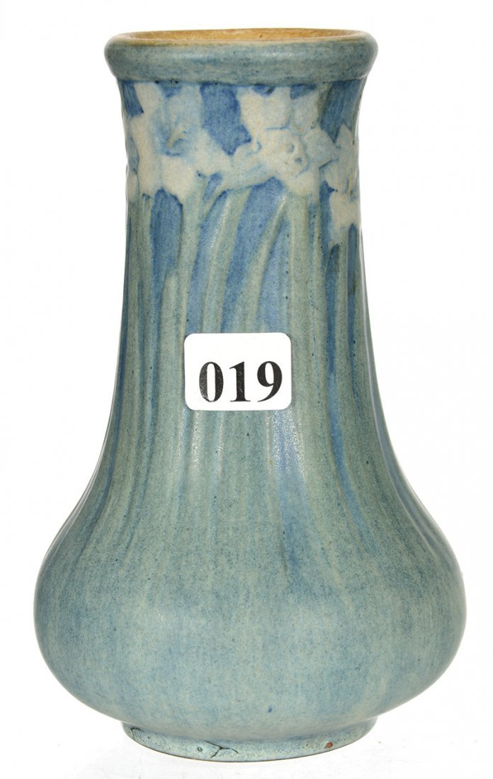 "6"" MARKED ""NEWCOMB COLLEGE"" ART POTTERY VASE"