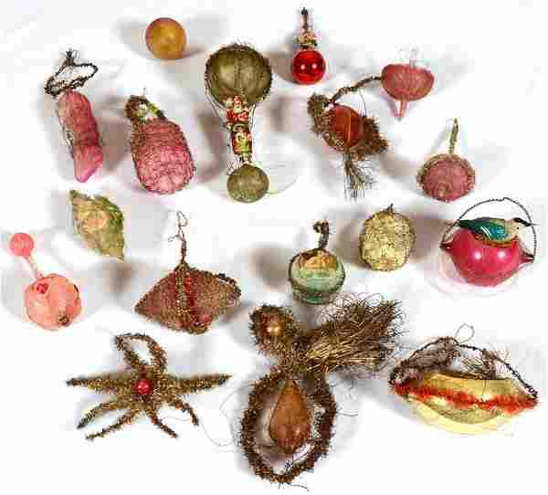(12) VINTAGE BLOWN GLASS CHRISTMAS TREE ORNAMENTS