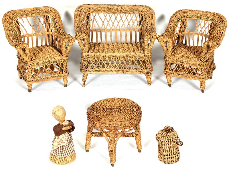 (4) DOLL-SIZE VINTAGE WICKER FURNITURE ITEMS