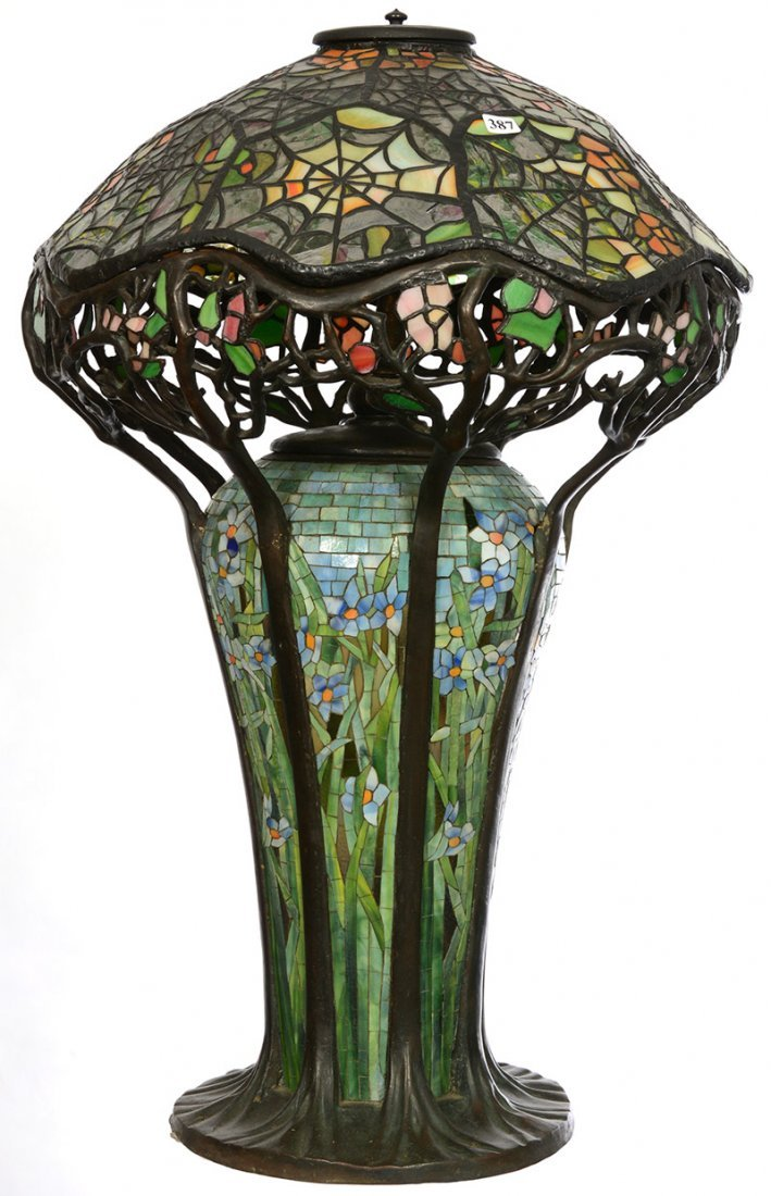 """28"""" X 17"""" MODERN REPRODUCTION LEADED GLASS TABLE LAMP"""