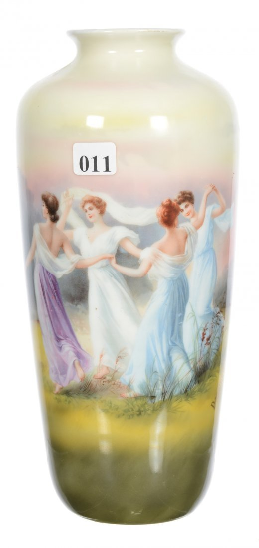 UNMARKED ROYAL BAYREUTH VASE