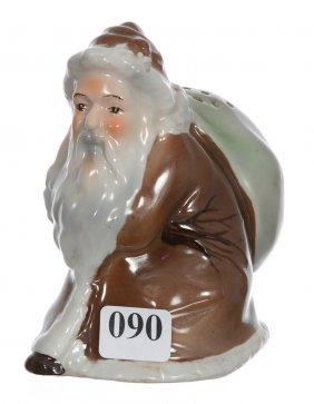 """Very Rare 4 1/4"""" Unmarked Royal Bayreuth Brown Santa"""