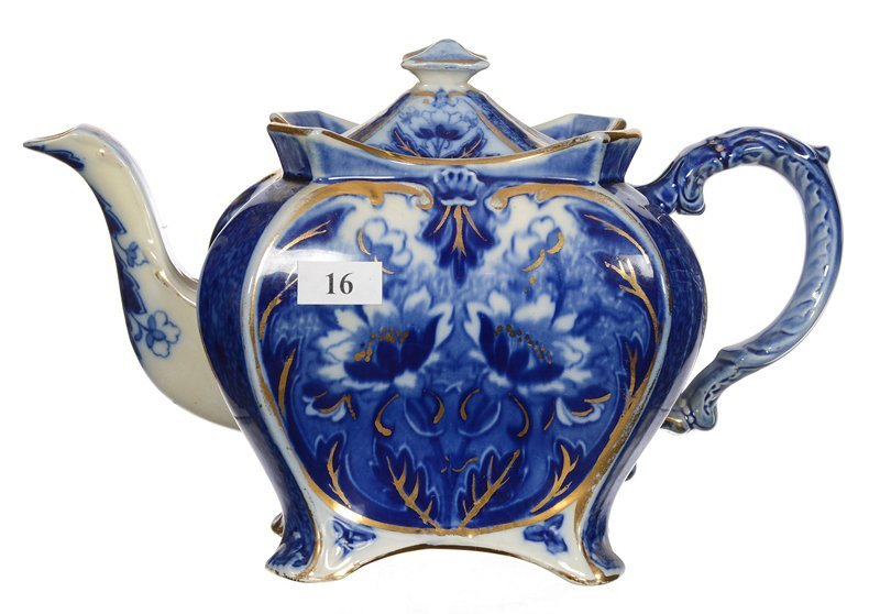 "6.5"" X 10"" UNMARKED ENGLISH FLOW BLUE TEAPOT"