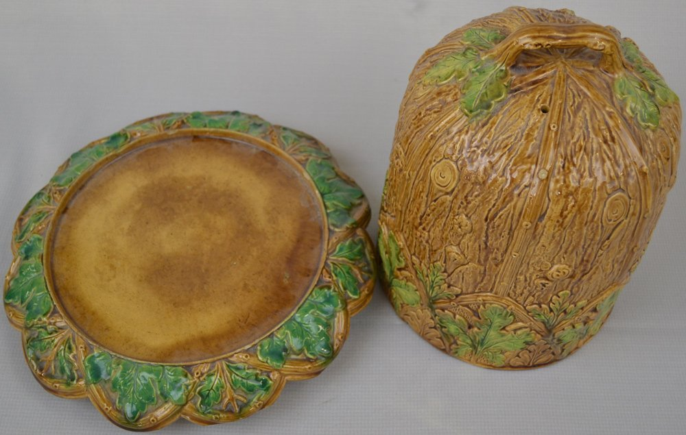 "12"" X 12"" UNMARKED MAJOLICA TWO-PART CHEESE DOME - 2"