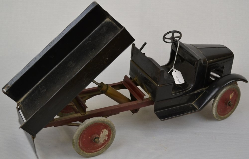 "(2) 9"" X 24"" VINTAGE PRESSED STEEL TOY DUMP TRUCKS - 4"