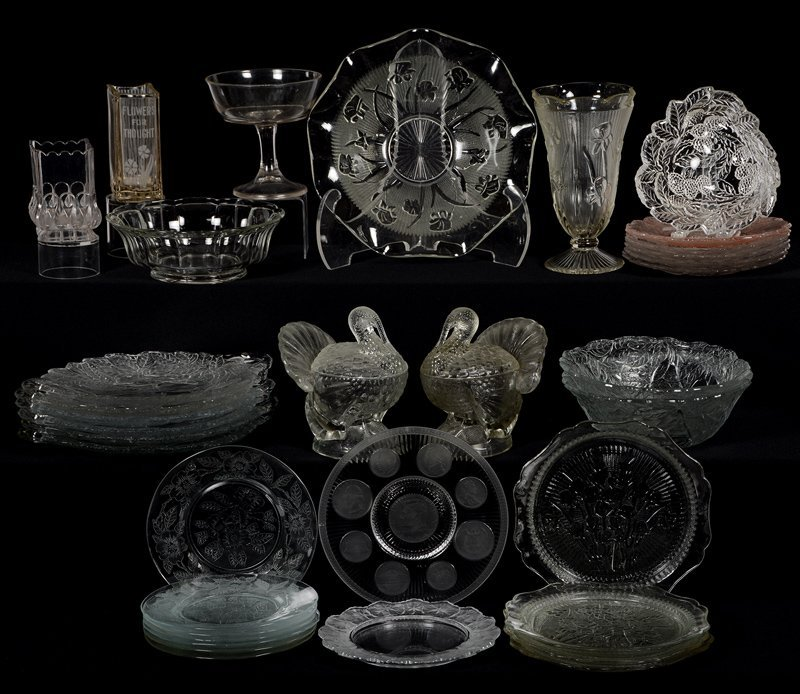LARGE ASSORTMENT OF CLEAR PATTERN GLASS ITEMS INCLUDING
