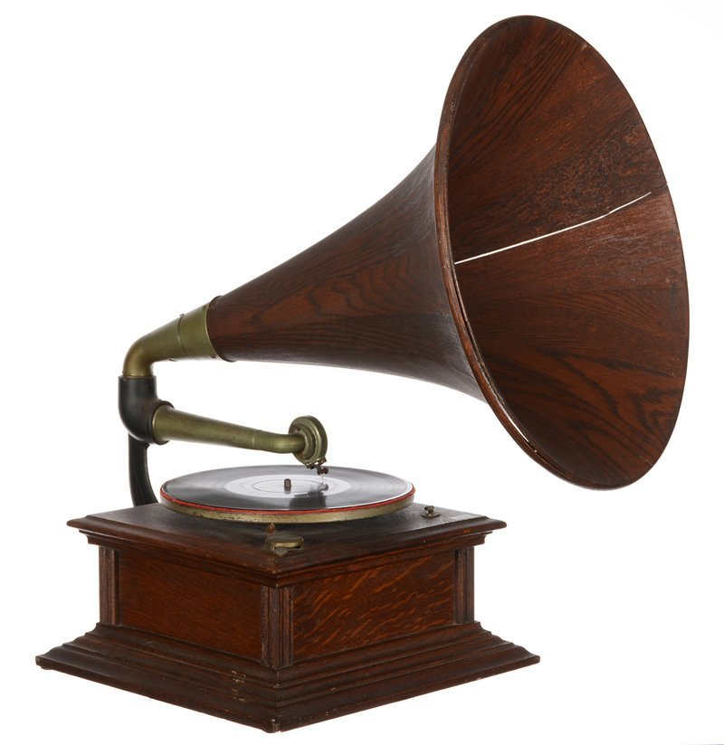 """25"""" X 14"""" X 14"""" (OVERALL SIZE) OAK CASE PHONOGRAPH WITH"""