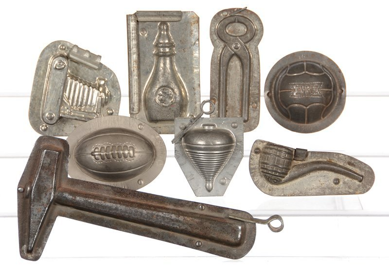 (8) VINTAGE CHOCOLATE MOLDS INCLUDING