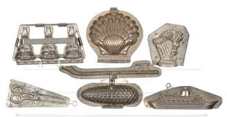 (7) VINTAGE CHOCOLATE MOLDS INCLUDING