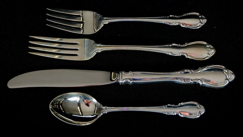 (36) PIECE SET OF TOWLE STERLING FLATWARE