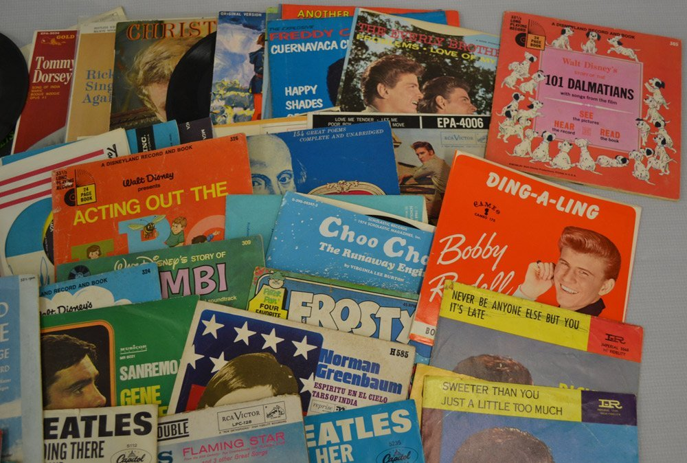 LARGE ASSORTMENT OF RECORDS INCLUDING - 4