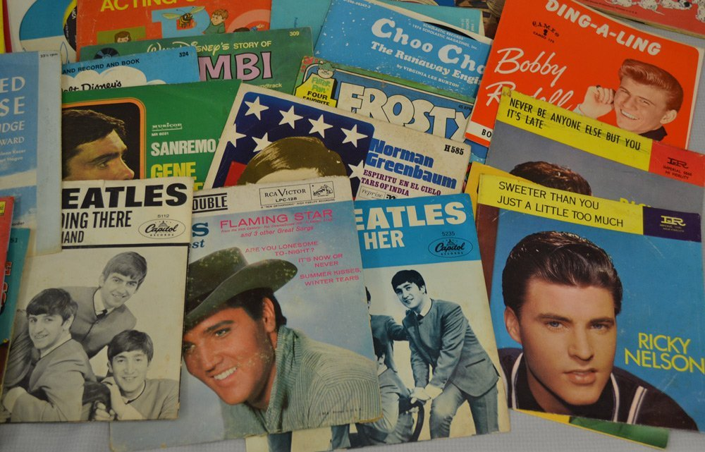 LARGE ASSORTMENT OF RECORDS INCLUDING - 5