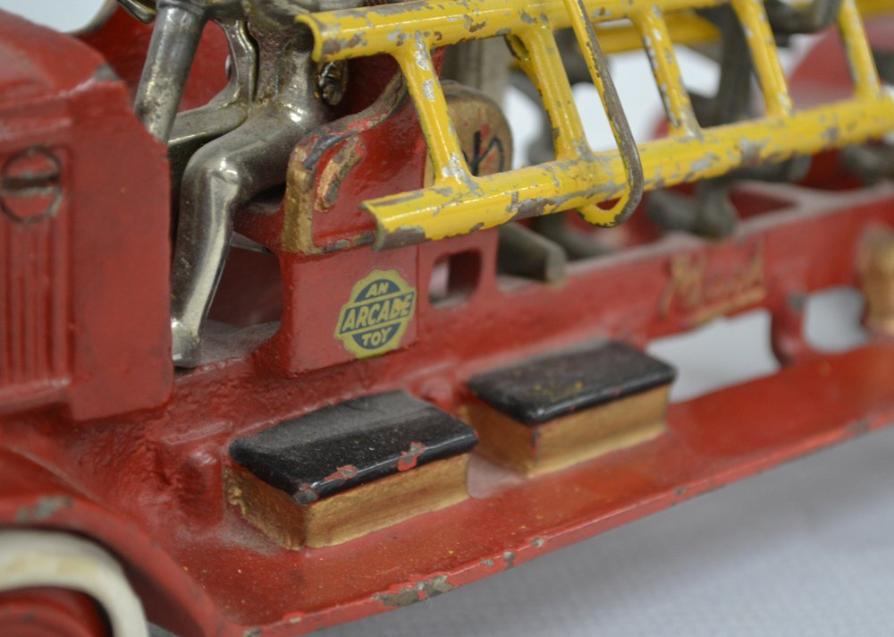 (2) VINTAGE TOY CAST IRON LADDER TRUCKS - 3