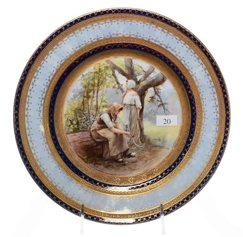 """10"""" UNMARKED PROV SAXE STYLE SCENIC PLATE"""