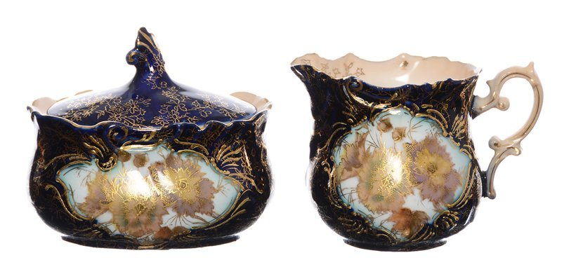 "3.5"" EARLY UNMARKED PRUSSIA CREAMER AND MATCHING SUGAR"