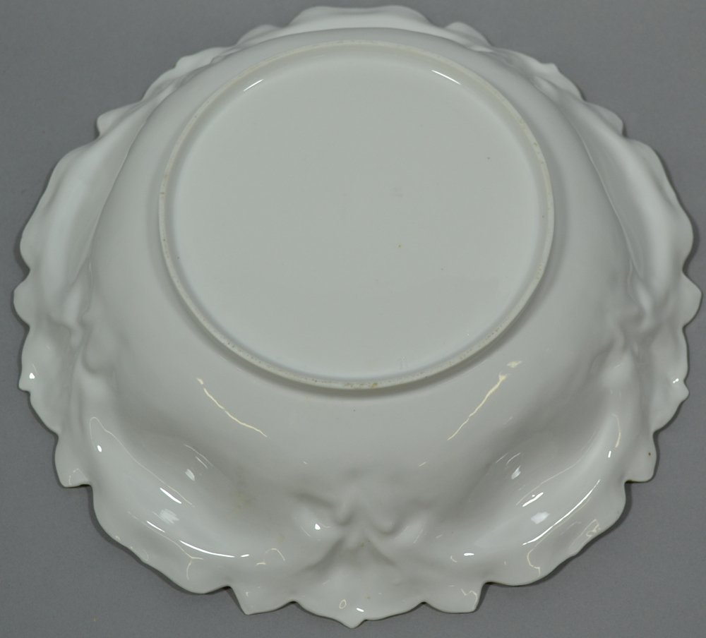 (2) R.S.PRUSSIA IRIS MOLD BOWLS - 3