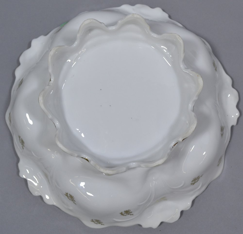"""10.5"""" UNMARKED R.S.PRUSSIA LILY MOLD FOOTED BOWL - 3"""