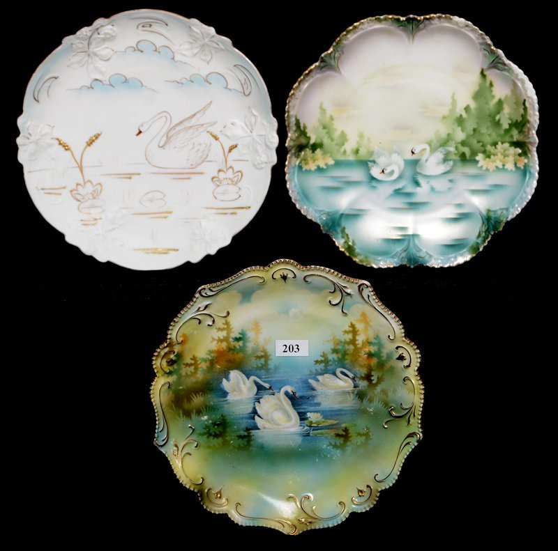 "(3) 8.5"" RSP SWAN DECOR PLATES INCLUDING"