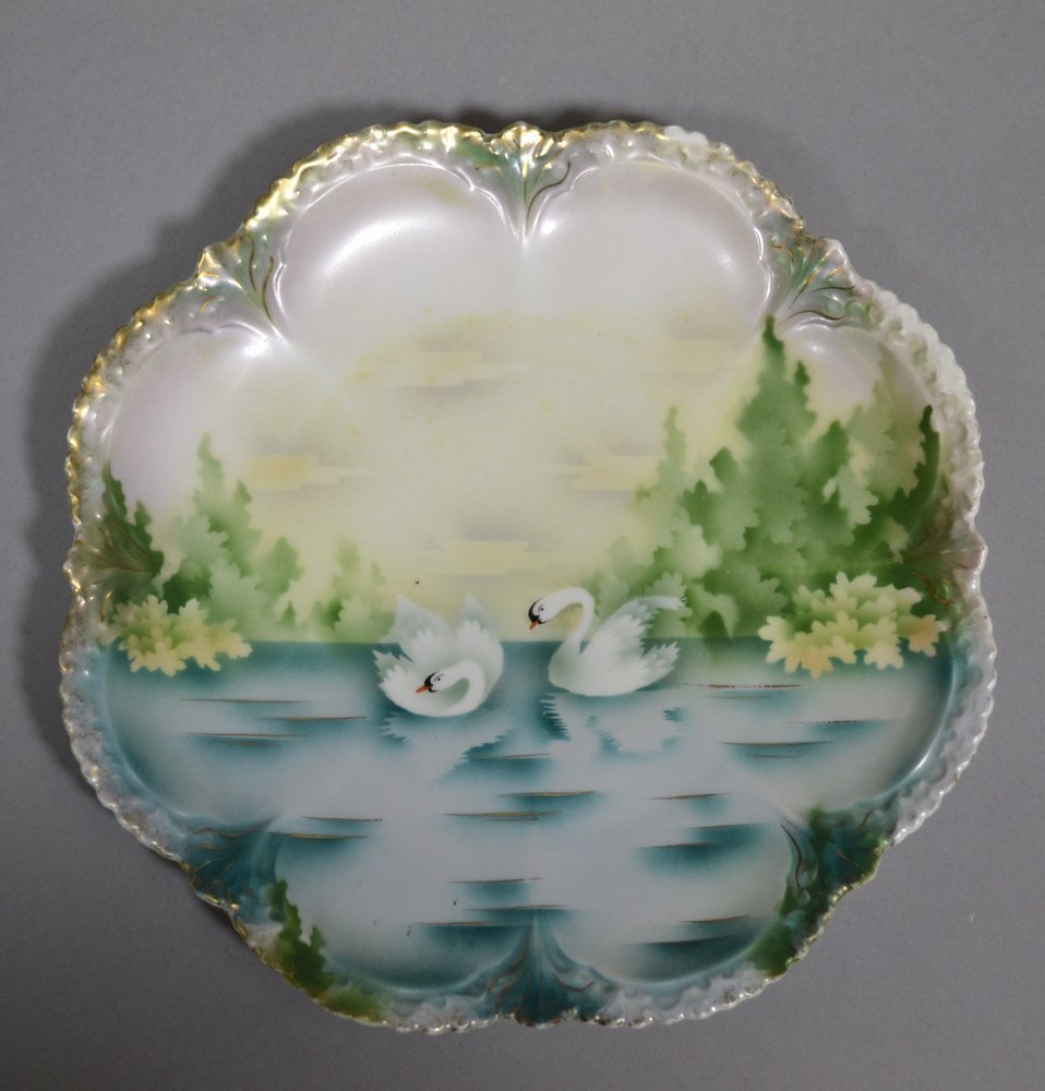 "(3) 8.5"" RSP SWAN DECOR PLATES INCLUDING - 3"