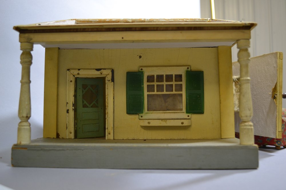 "11"" X 16"" VINTAGE WOODEN DOLL HOUSE WITH FURNITURE - 2"