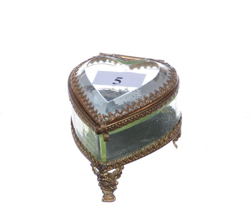 "2"" HEART SHAPED TRINKET BOX"