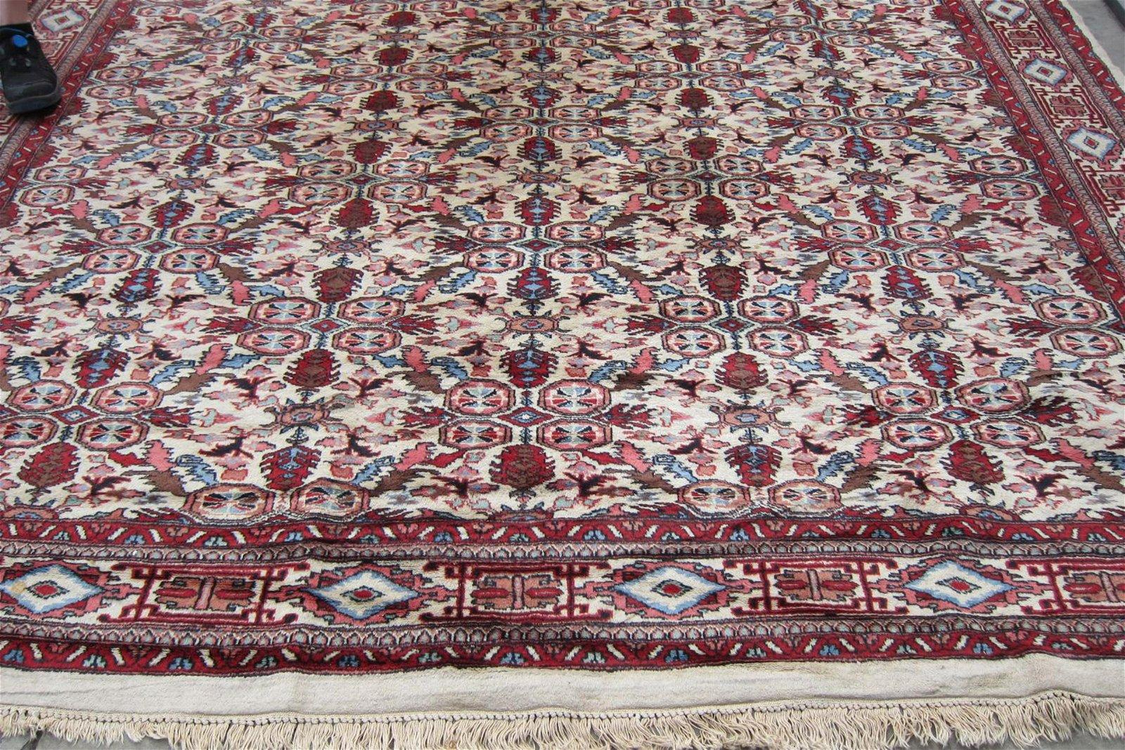 Indo-Tabriz rug