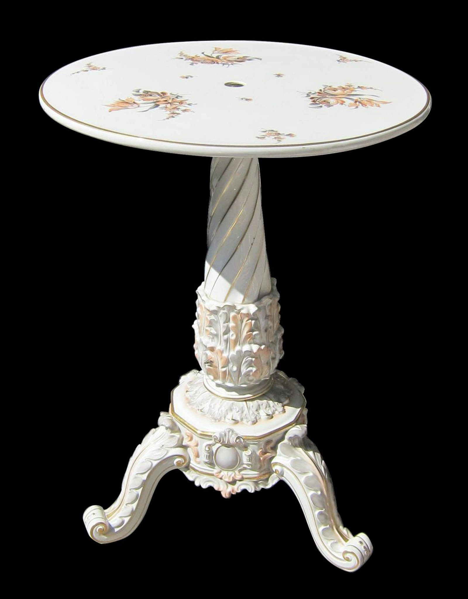 Capodimonte porcelain table