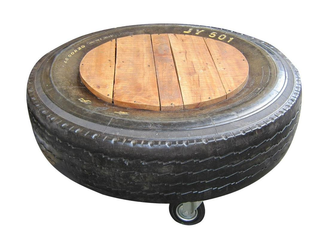 "Italian design ""Tire"" salon table"