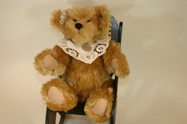 101: BJ #20 Bear Paws Mohair