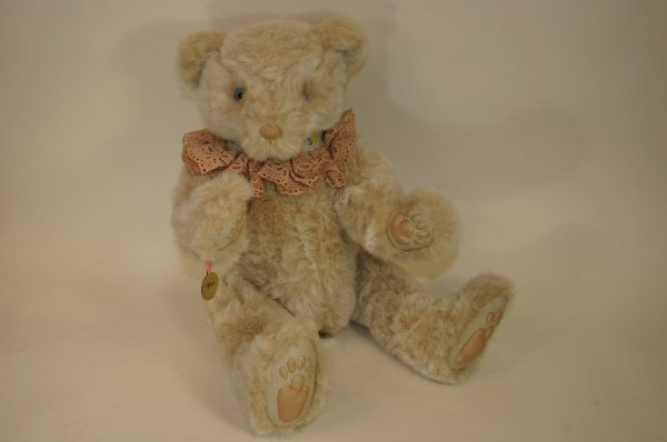 103: Wendy Brent Willits Bear Limited Edition