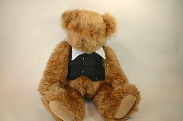 120: Vermont Bear Chairman of the Board Bear