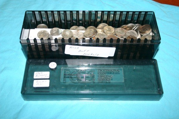 1024: Large lot of nice Buffalo Nickels 175 Coins