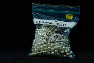 Miscellaneous costume pearls