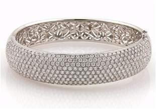 Elegant 18k Gold Diamond Dome Bangle Bracelet