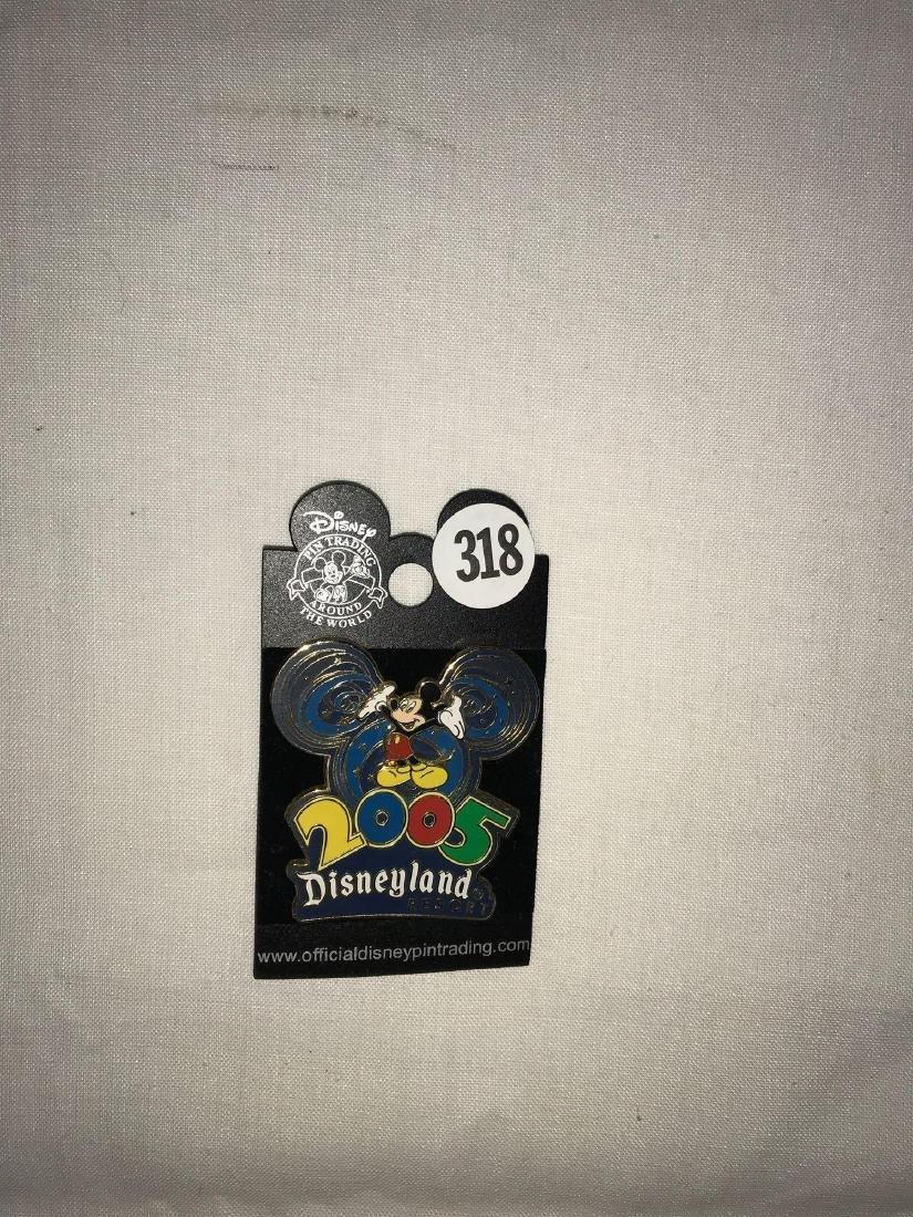 2005 Disneyland Mickey Mouse pin