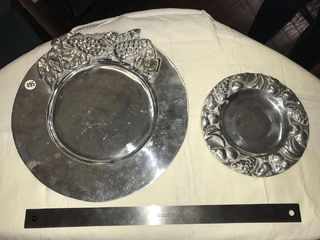 "Serving tray set. Big tray approx 12 3/8""diameter, - 2"